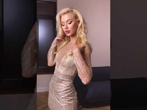 Золотистое мини платье с декольте XS S M L