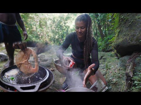 Outdoor Cooking Barracuda Fish & Chocolate Tea in Jamaica Jungle