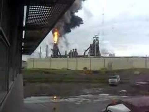 IJmuiden blast furnace blow-out - YouTube