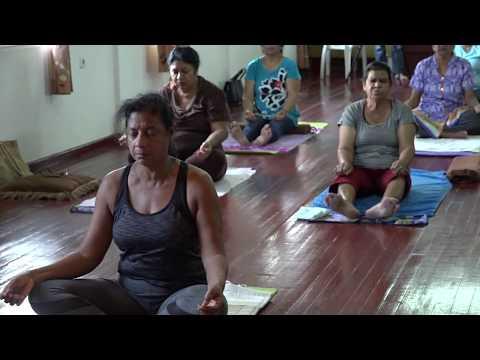 Wellness (Aflevering 3) | Yogales verzorgd door Dinesh Koemar Sharma