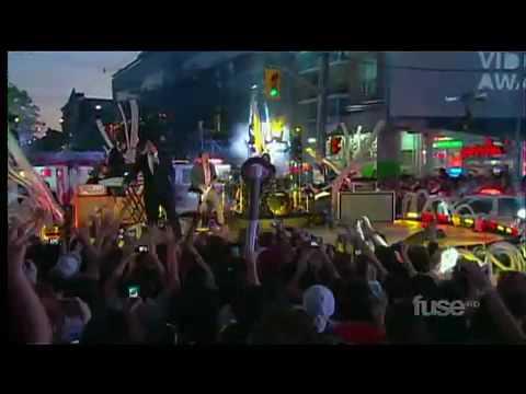 HD-Adam Lambert-Whataya Want From Me MuchMusic Awards 2010.mp4