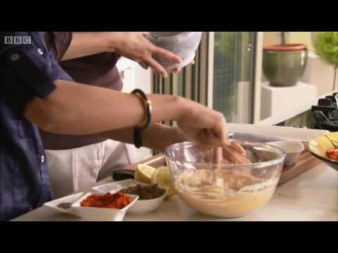 Chicken tikka tandoori recipe indian food bbc youtube chicken tikka tandoori recipe indian food bbc forumfinder Images