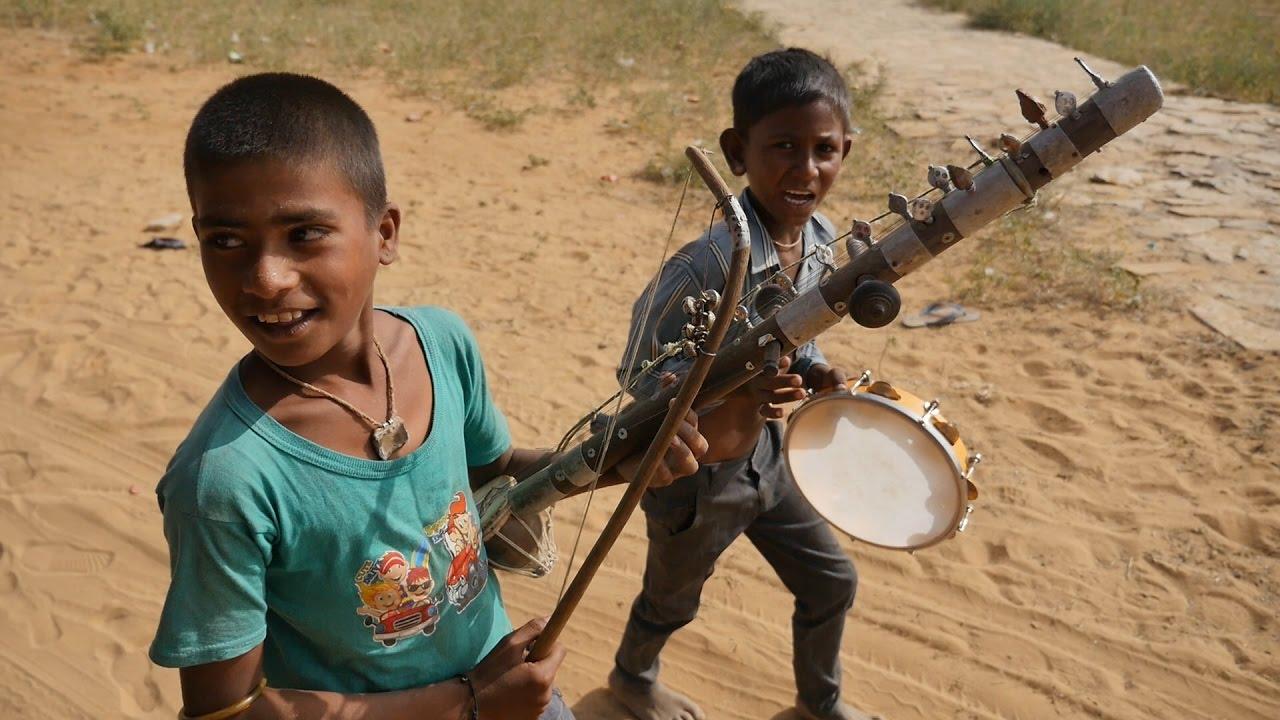 kids poor Poor Kids Musician in India.Poor People in India.Poverty in India.Poor  Children.गरीब बच्चे