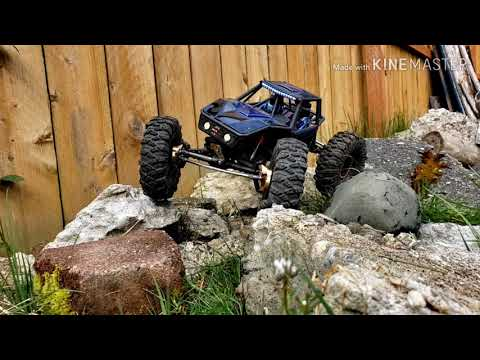 AXIAL CAPRA Aka MEGA GOAT DAYLIGHT CRAWLING ON HOME COURSE
