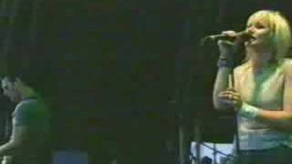 the cardigans - my favourite game (live glastonbury.