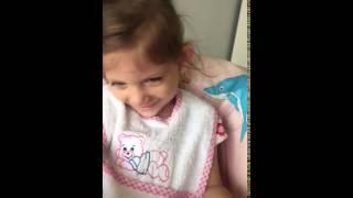Как смеются девочки