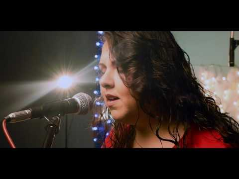 Bethel Music - Who Can Compare To you (cover en español by Vida En Acústico)