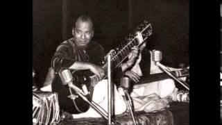 Ustad Vilayat Khan- Raag Basant Mukhari & Bhatiyali Dhun @Sadarang Music Conf , 1964