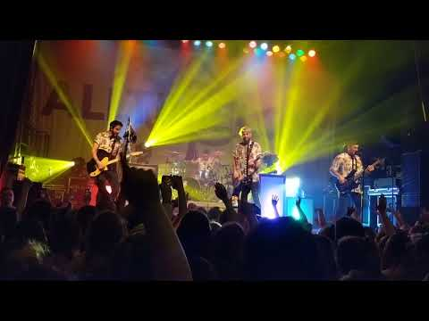 Drugs and Candy- All Time Low- Covington, KY
