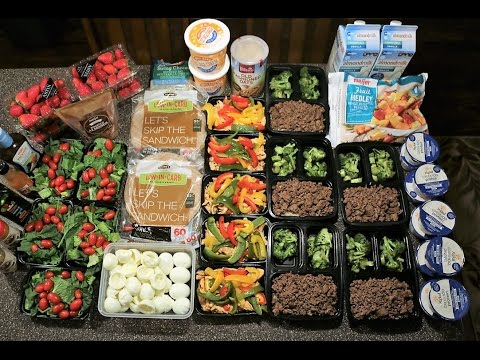 cutting meal prep 2500 calories cooking and packaging each meal