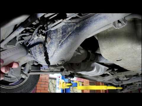 Замена масла в переднем и заднем редукторе на Киа Соренто 2005 Kia Sorento 2,5