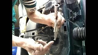 Как снять извлечь заменить стекло задней двери AUDI A6 C4/demontaz zamiana szyby drzwi tyl!
