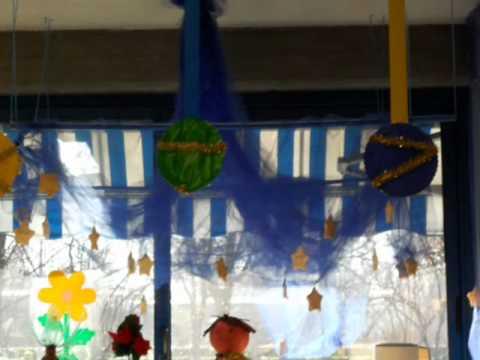 I nostri lavori di natale 2011 scuola dell 39 infanzia youtube - Addobbi natalizi per finestre scuola infanzia ...