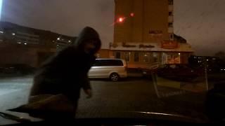 Минск. Кража флага под носом у милиции