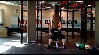 Парный жим гирь по 48 кг с довесками лёжа на скамье - 106 кг.Double kettlebells incline press -106kg