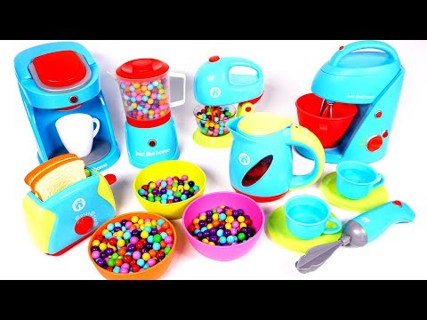 many-kitchen-appliance-toys-for-children- -yippee-toys