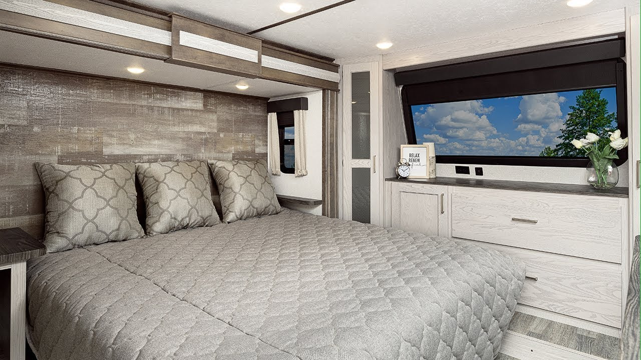 The All New Montana 377fl Fifth Wheel An Amazing Bedroom Youtube