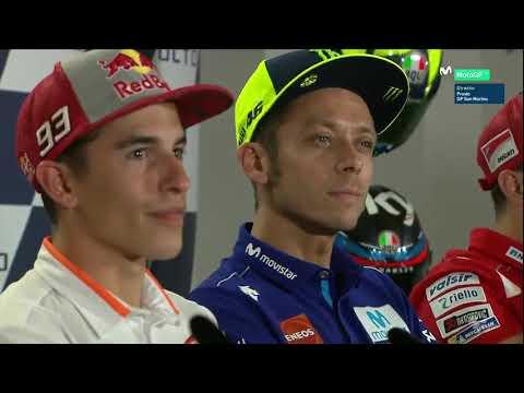 El último desplante de Rossi: le niega la mano a Márquez en rueda de prensa