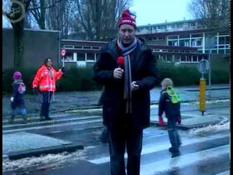 Piet Paulusma Aangereden | Reclame Voor Winterbanden - Kwik-Fit