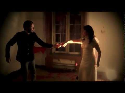 Waltz Entre El Cielo Y La Tierra - INVISIBLE AMOR