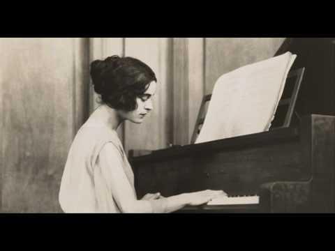Bach - Prelude & Fugue in E-flat minor, BWV 853 - Harriet Cohen
