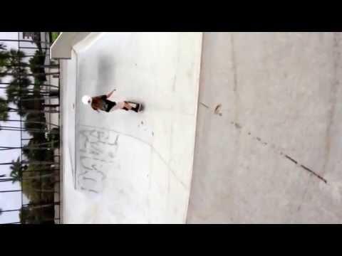 9 year old skateboarder Hanna Himes
