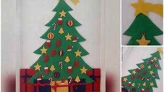 Árvore natalina de parede em feltro – Alinne Marques