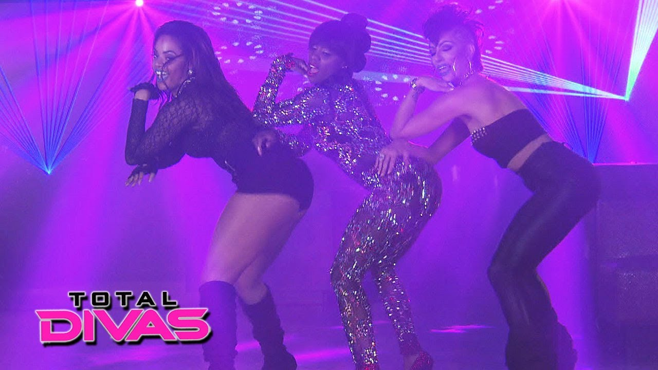 """Naomi's music video shoot for """"Dance All Night"""" is a disaster: Total ..."""