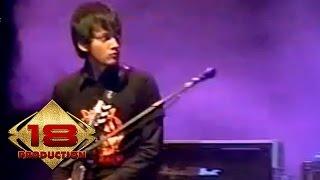 Garasi - D K A D  (Live Konser Serang 28 Oktober 2006)