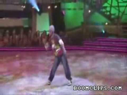 Điệu nhảy không giống ai (videokyniem.com)