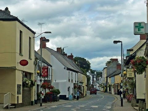 Places to see in ( Usk - UK )