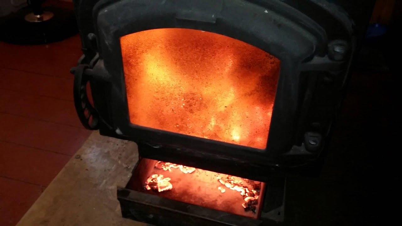 Пропитка каменноугольным маслом: деревянные опоры, изготавливаемые на рязанском шпалозаводе, имеют ряд существенных преимуществ перед.