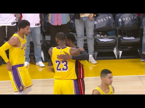 Lakers Give D-Wade Tribute Video, Crowd Gives Him Standing Ovation in Last Game at Staples Center