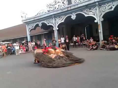 Reog Ponorogo in Surakarta Kraton 2016 Indonesian Culture