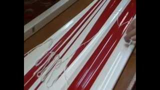 Производство горизонтальных жалюзи HOLIS. Часть 7.(Видео-инструкция по производству горизонтальных жалюзи HOLIS. 4-Продевание ламелей в лесенку. Компания Амиго-..., 2012-10-10T19:17:37.000Z)