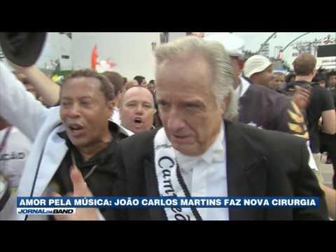 Maestro João Carlos Martins faz nova cirurgia
