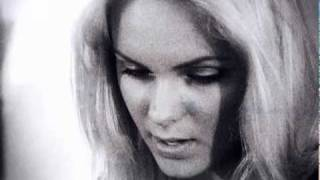 Next stop California - первый короткометражный клип певицы Ханна (Hanna) - новый видеоклип Ханны