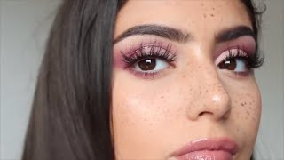 One of YazOnline's most viewed videos: PINK GLITTER HALF CUT CREASE MAKEUP TUTORIAL