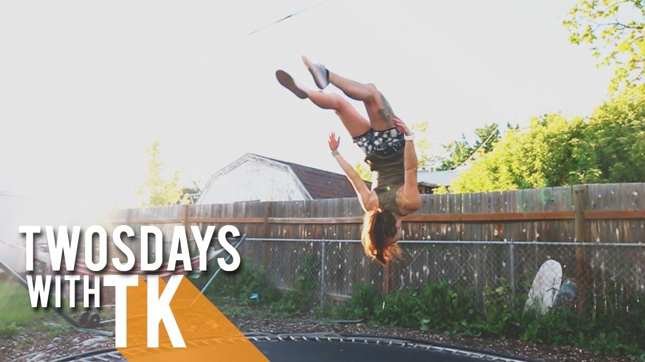 girl-on-trampoline-video-hot