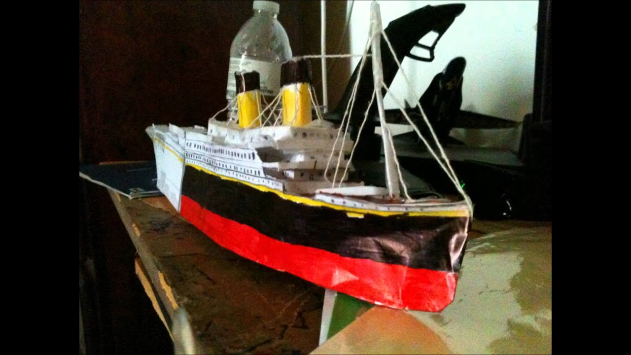 Papercraft Paper Titanic model