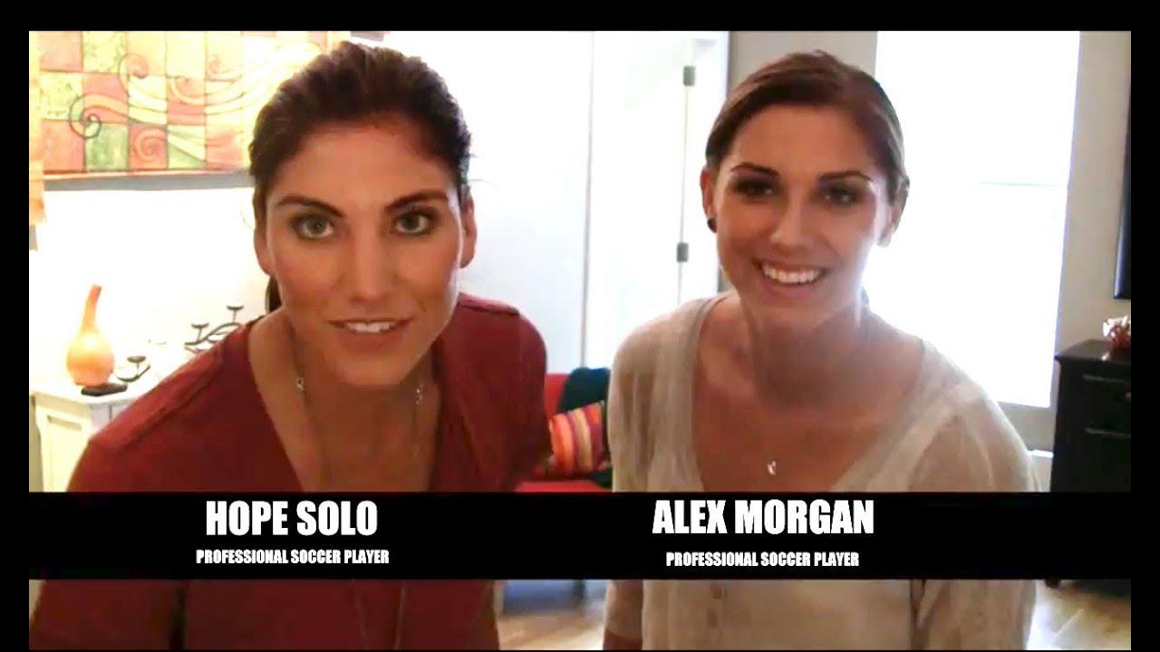 Alex Morgan Quotes Wallpaper Hope Solo Amp Alex Morgan Just Dance Summer Party Youtube