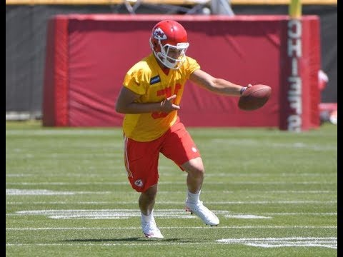 KC Chiefs Jeremy Maclin Release Allows Patrick Mahomes Signing - NFL News
