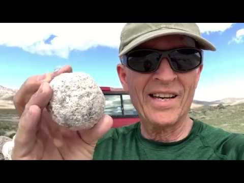 Geode Hunting Trip In Utah Desert