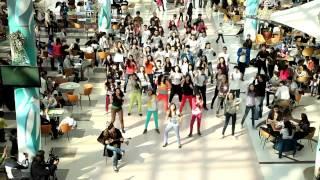 Nosa Nosa Astana flash mob(8 апреля 2012 года в Астане, в рамках кампании «Будущее начинается сегодня!»прошла молодежная акция «Танец..., 2012-04-13T09:55:06.000Z)