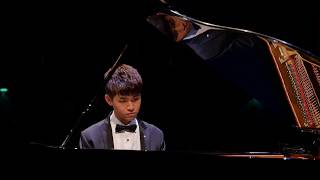 Li-Wei Huang plays J.S. Bach The Well Tempered Clavier Book II Prelude and Fugue in a minor, BWV 889