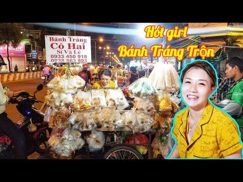 Hót girl bán bánh tráng trộn hút khách ở Sài Gòn | Saigon Travel