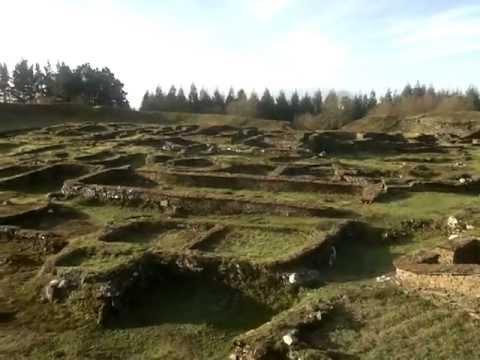 Ruinas galaico- romanas de Castro de Viladonga en Galicia