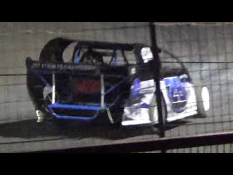 The 11 & 28 Get Into It @ I 37 Speedway