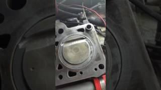 Installing 1.8 elantra pistons in a 2003 xd 2.0lt block смотреть