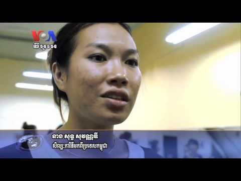 In Long Beach, Dance Studio Celebrates 10 Years of Dance (Cambodia news in Khmer)